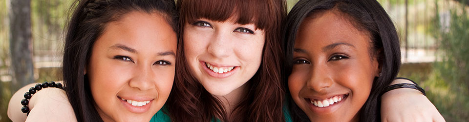 Three young women banner
